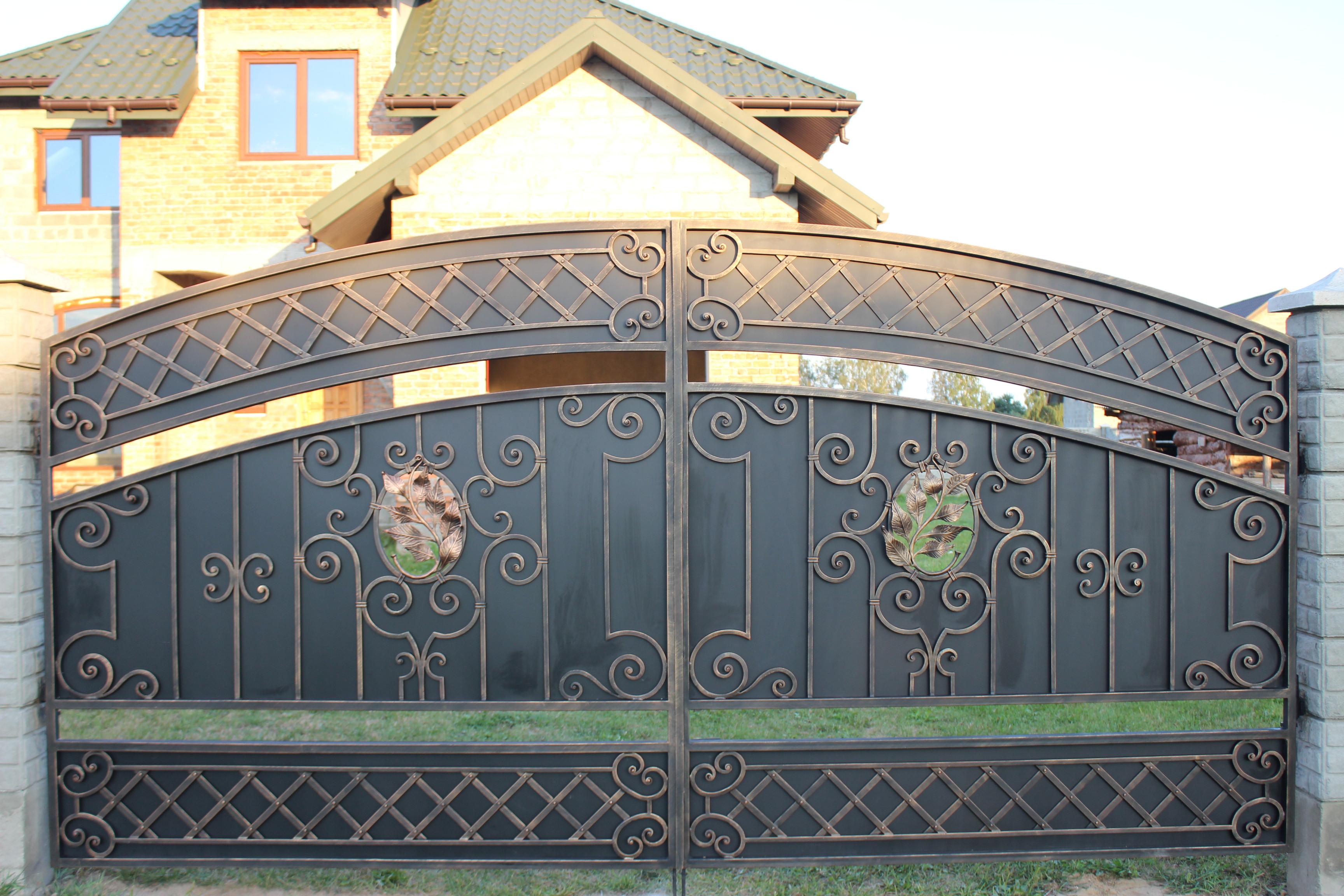 як вибрати ковані ворота