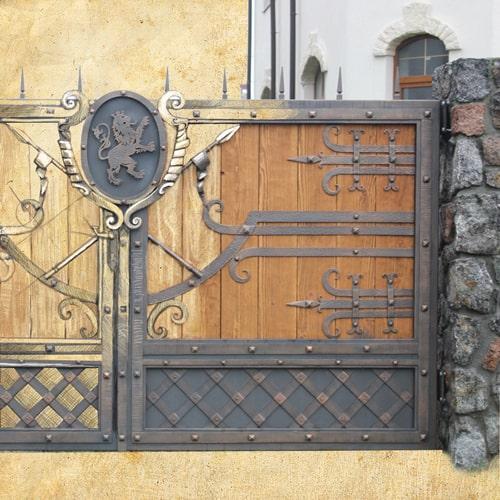Ковані ворота та брами