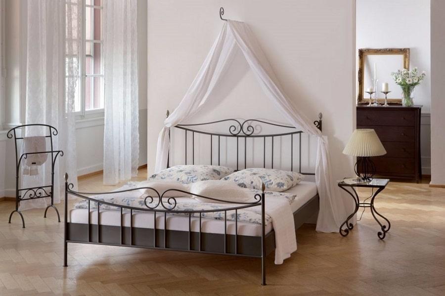 коване ліжко для дітей
