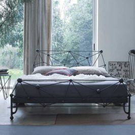wrought bed (6)
