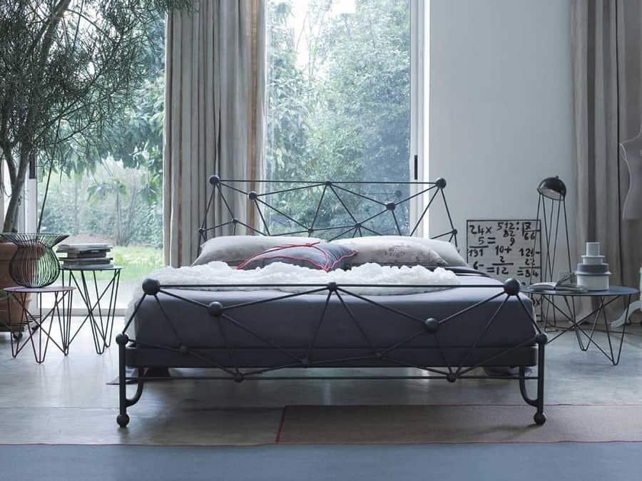 сучасне коване ліжко