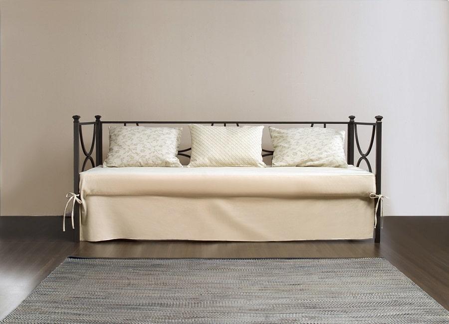 коване ліжко-диван