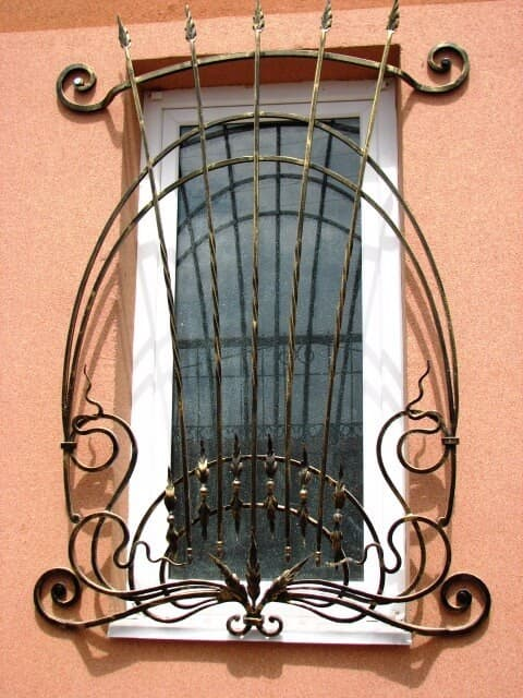 forged grilles (10)